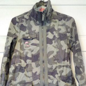 us Army Utility Camouflage Jacket , Ready for Now